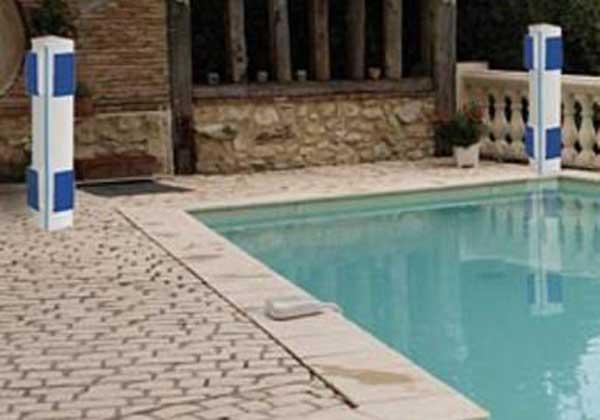 s curit couverture pury piscine construction de piscines yverdon. Black Bedroom Furniture Sets. Home Design Ideas