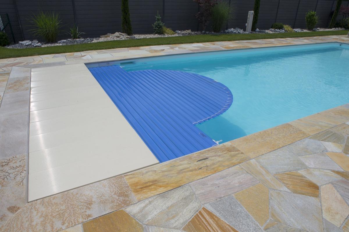 Piscines pury pury piscine construction de piscines for Construction piscine 09